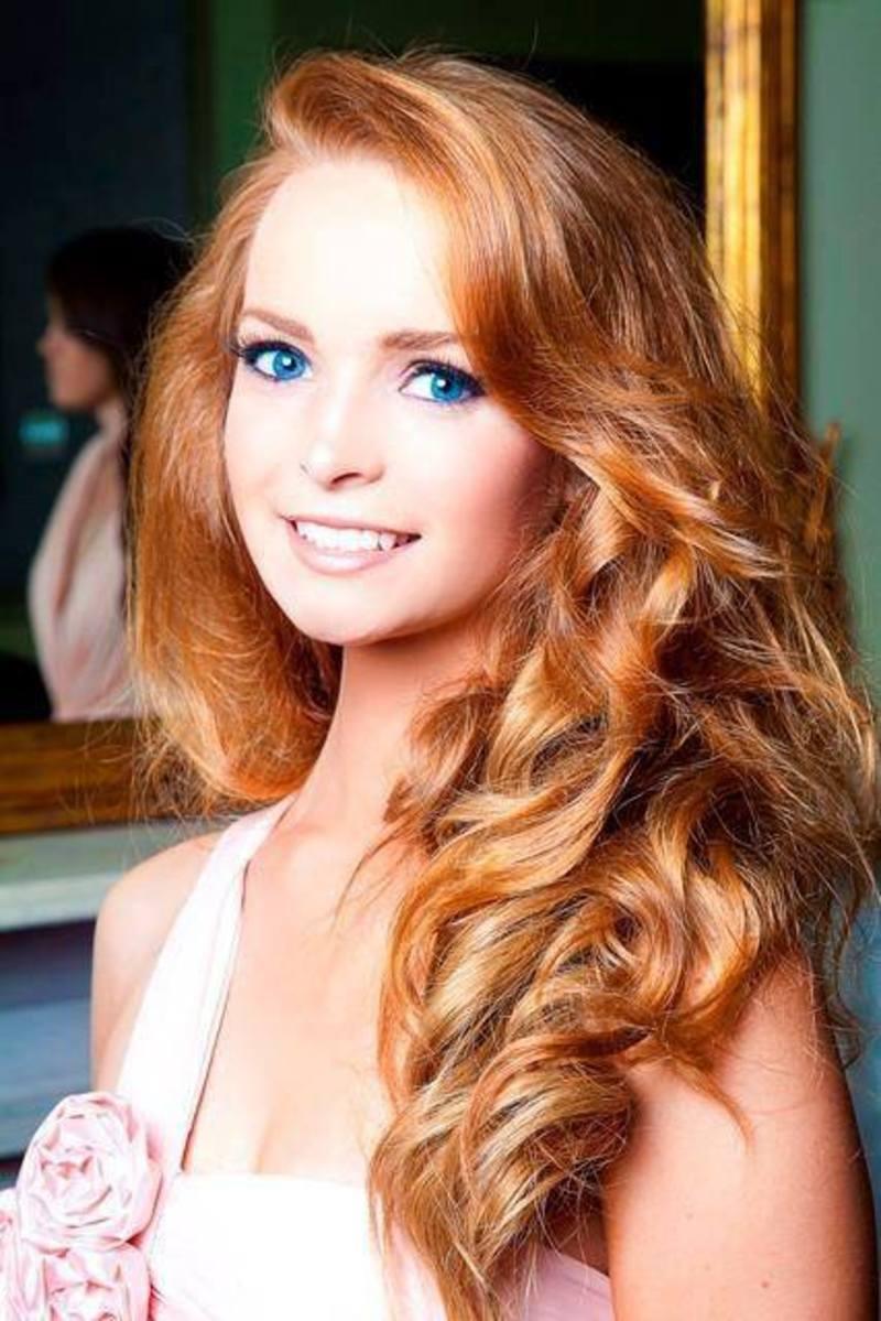 Рыжая красотка онлайн 10 фотография
