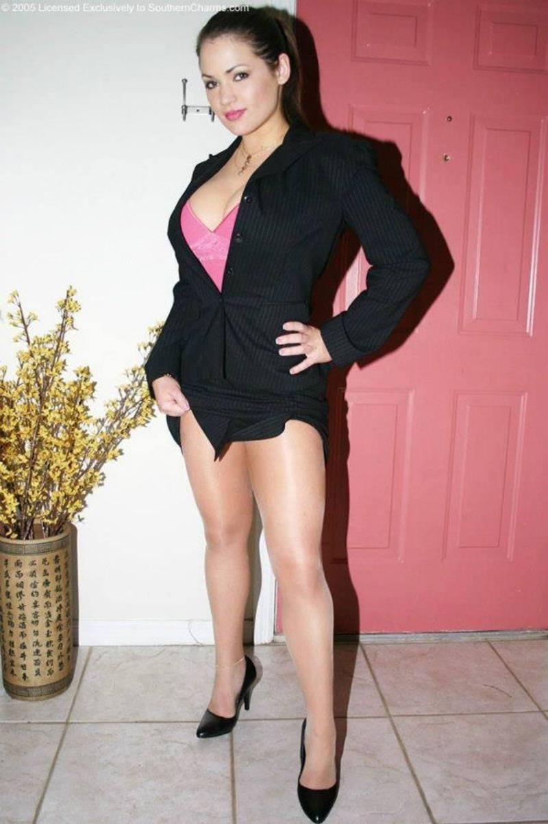 Sandys Secrets Gallery Celebrities, 60 Fps Pics